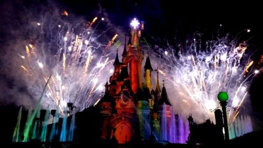 Nightly fireworks Disneyland Pari